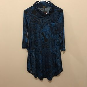 Black and blue tunic top